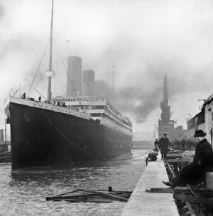 Titanic Departing Southampton 10 April 1912